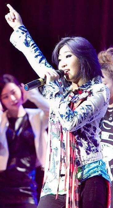 Minzy - 2NE1 2011