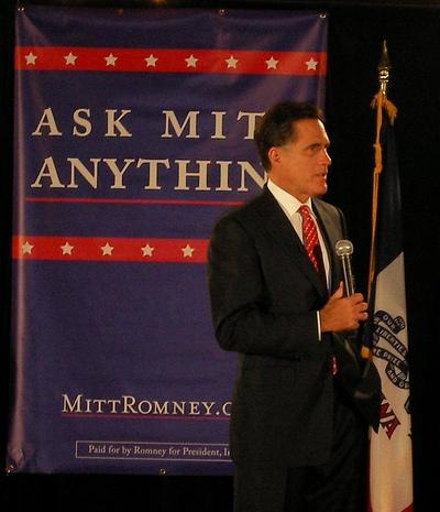 Mitt Romney visits Ames cropped