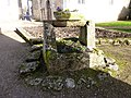 Montbouy-puits eglise 2.JPG