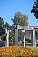 Monumento em Homenagem ao Dr. Francisco Sá Carneiro - São João da Madeira - Portugal (49203216341).jpg