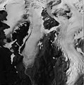 Mount Douglas Glacier, terminus of mountain glacier with firn line, bergschrund, and icefall, August 24, 1960 (GLACIERS 6645).jpg