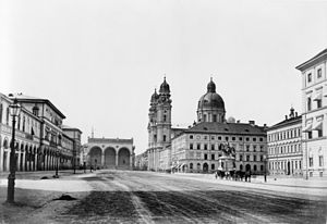 Odeonsplatz - Pre-1891 photograph looking south to the Feldherrnhalle from the Odeonsplatz