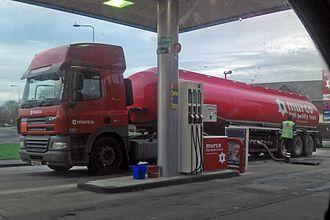 Murco Petroleum - A Murco DAF CF tanker in Ellesmere Port.