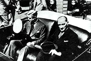 Turkey–United Kingdom relations - Edward VIII with Turkish President, Mustafa Kemal Atatürk in Istanbul, (4 September 1936).