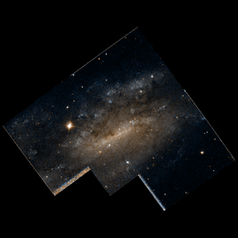 NGC 2427 hst 09042 31 R814GB450.png
