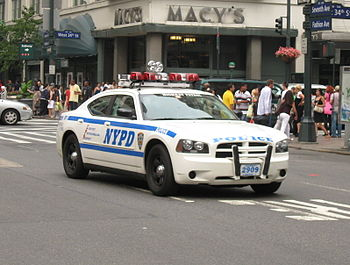 English: NYPD Dodge Charger #2909 in midtown M...
