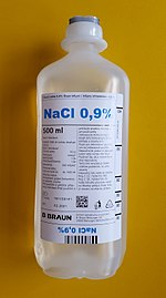 NaCl 0,9% 500ml yellow background.jpg