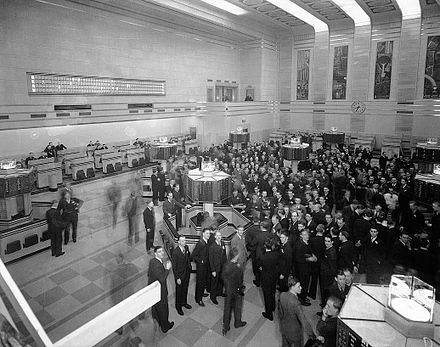 By 1934 the Toronto Stock Exchange emerged as the country's largest stock exchange. New Toronto Stock Exchange trading floor.jpg