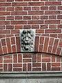 Nijmegen - Hoofd gemaakt door Egidius Everaerts op de gevel van Huis Heyendaal 02.jpg