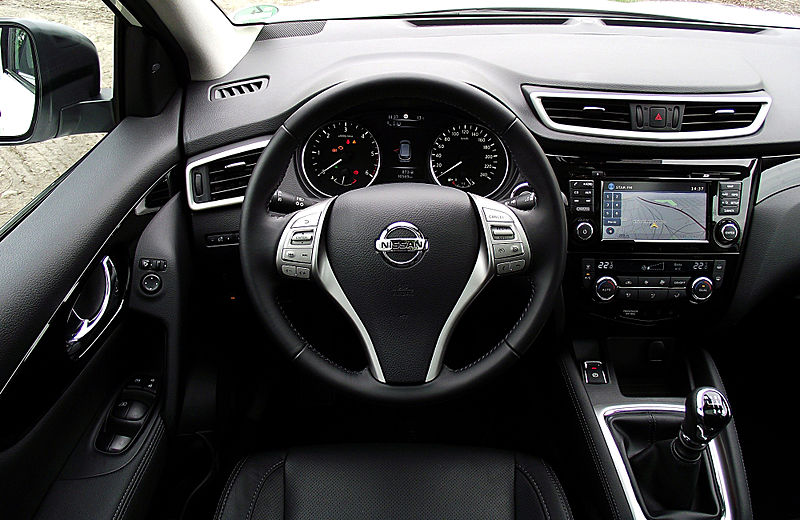 file nissan qashqai 1 6 dci all mode 4x4i tekna interieur. Black Bedroom Furniture Sets. Home Design Ideas