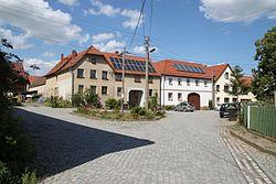 Obergneus, Dorfstraße.JPG