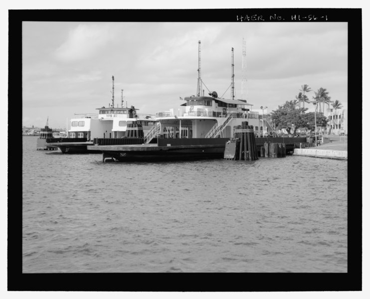 File:Oblique view of one end and side from harbor - U.S. Naval Base, Pearl Harbor, Delaware Valley, Docked off Hornet Avenue, Pearl City, Honolulu County, HI HAER HI-56-1.tif