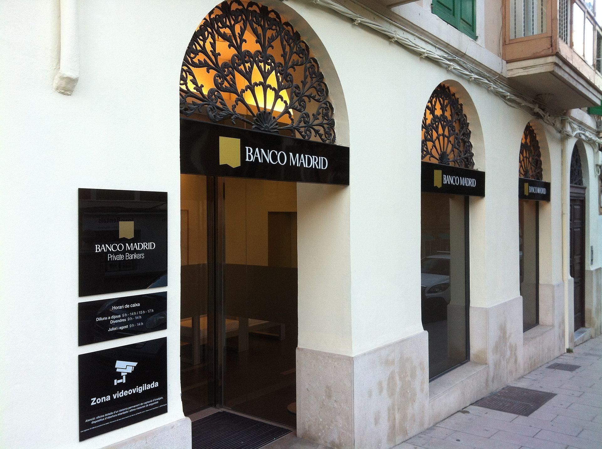 Banco de madrid viquip dia l 39 enciclop dia lliure for Oficinas banca march palma