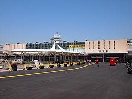 大分站南口(2012年启用的新站房)