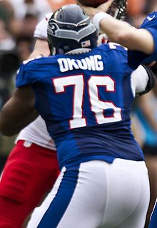 Description de l'image Okung Pro Bowl 2013.jpg.