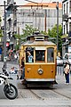 Old tourist tram in Porto 01.jpg