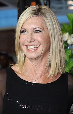 Olivia Newton John (6707495311) (cropped to look large).jpg