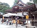 Omiwa-jinja Haiden.jpg