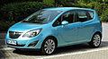 Opel Meriva (B) – Frontansicht, 12. Juni 2011, Ratingen.jpg