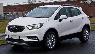 Opel Mokka - Image: Opel Mokka X 1.6 CDTI eco FLEX 4x 4 Edition (Facelift) – Frontansicht, 23. Dezember 2016, Düsseldorf
