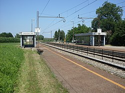 Orehova vas rail halt-view from south.jpg