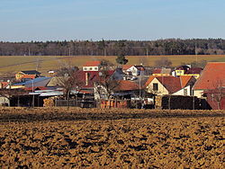 Overview of Kladeruby nad Oslavou, Třebíč District.JPG