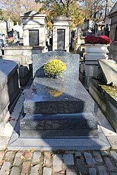 Grave of Romains