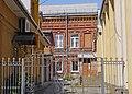 P1480882 вул. В. Чміленка (Дзержинського), 61 (у дворі).jpg