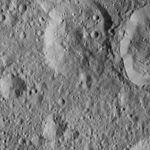 PIA20383-Ceres-DwarfPlanet-Dawn-4thMapOrbit-LAMO-image29-20160103.jpg