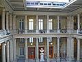 Paris - Tribunal de Commerce - Salle des pas perdus.JPG