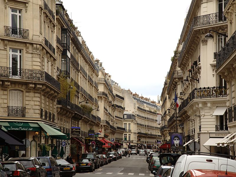 Fichier:Paris rue marbeuf.jpg