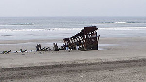 Clatsop Spit - The wreck of the Peter Iredale as of May 2005