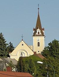Pfarrkirche hl. Veit, Hausbrunn.jpg