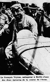 Pierre Veyron en juin 1934 à l'AVUS.jpg