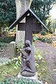 Pieta - Alter Domfriedhof der St.-Hedwigsgemeinde, Berlin - DSC09880.JPG