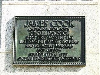 Cook Statue, Christchurch - Plaque at Cook Statue