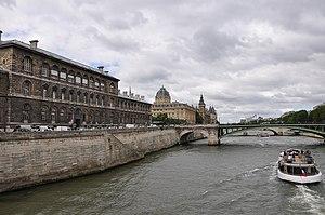 Pont Notre-Dame Paris 002.JPG