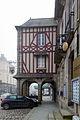 Porche du 5 place Duguesclin, Dinan, France.jpg