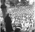 Prime Minister Jawaharlal Nehru addressing the workers of Aruvankadu Ordnance Factory.jpg