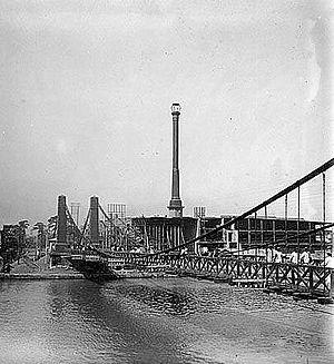Puente Colgante (Manila) - Puente de Clavería as seen on October 1, 1875.