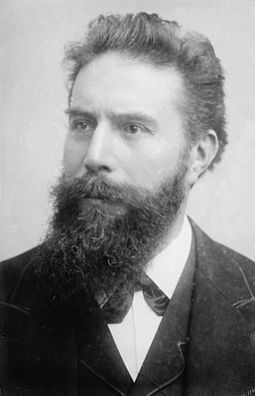 Wilhelm Rontgen received the first Physics Prize for his discovery of X-rays. Rontgen, Wilhelm Conrad (1845-1923).jpg