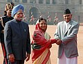 Ram Baran Yadav being welcomed by the President, Smt. Pratibha Devisingh Patil and the Prime Minister, Dr. Manmohan Singh on his arrival at the ceremonial reception, at Rashtrapati Bhawan, in New Delhi on February 16, 2010 (1).jpg