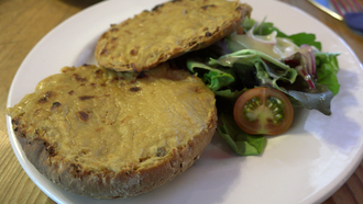 Welsh rarebit - Image: Rarebit loz