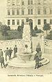 Razglednica Postojne 1910 - spomenik Miroslava Vilharja.jpg