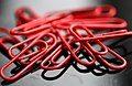 Red paperclips (161806459).jpg