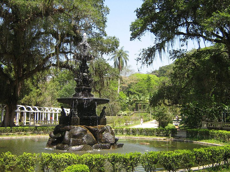Ficheiro:Rio-JdBotanico-Fountain.jpg