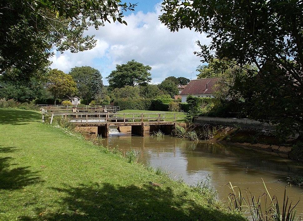 River Yar, Alverstone, IW, UK