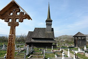 Rozavlea - Wooden church