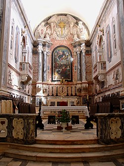 Sé de Elvas - capela-mor.jpg