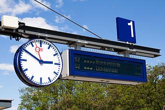 Priesterweg station - Dynamic destination indicator in May 2014